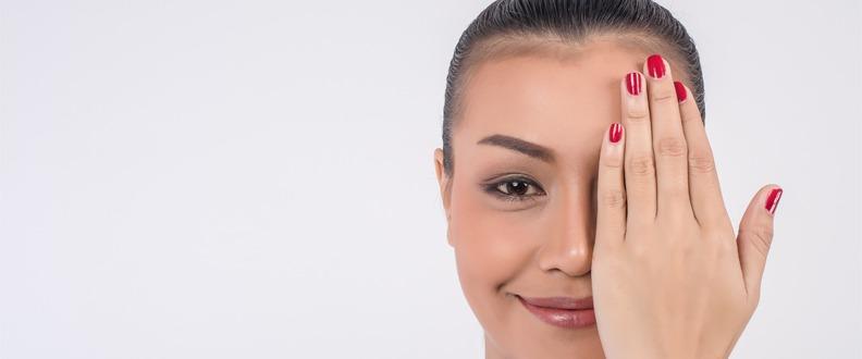 Göz Seğirmesi Nasıl Olur