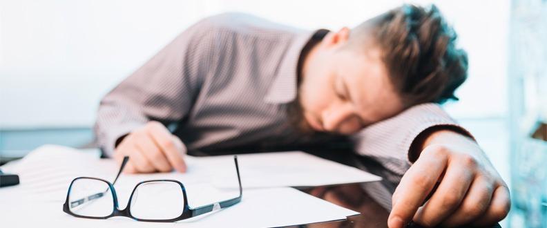 Neden Yorgun Uyanırız